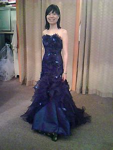 看著她試婚紗,我很被觸動,心裡欣喜。感謝 神!